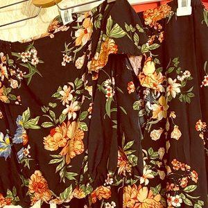 2- PIECE SET💝 crop top with maxi skirt